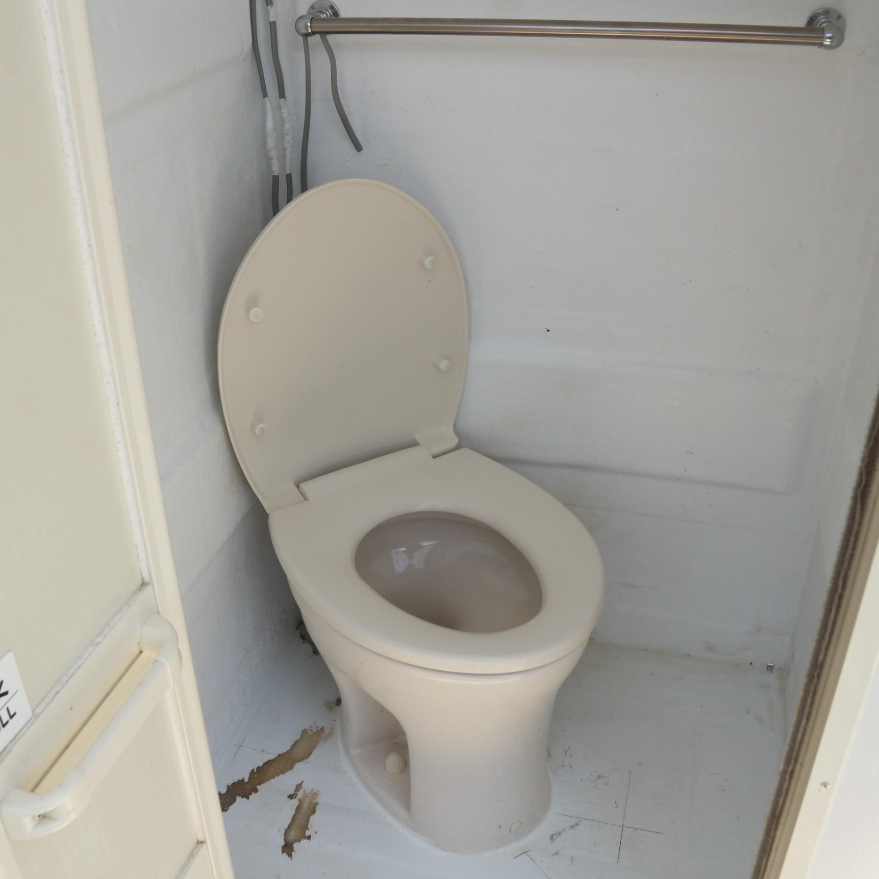 トイレも完備していますので、女性の方でも安心してご利用いただけます♪